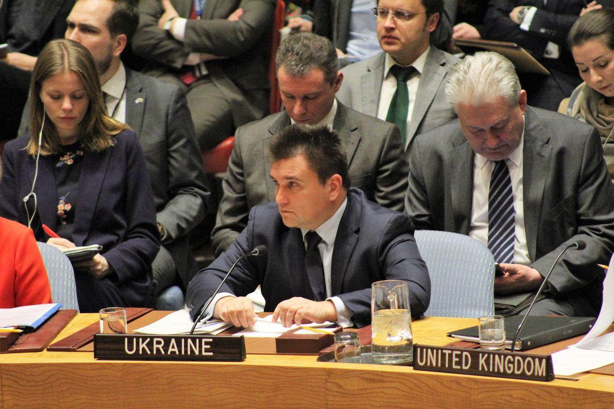 Клімкін обговорив зГенсеком ООН Крим і введення миротворців наДонбасі
